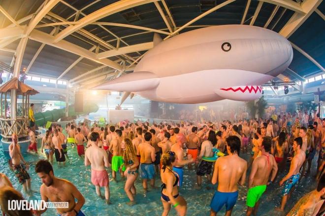 loveland_weekender_pool